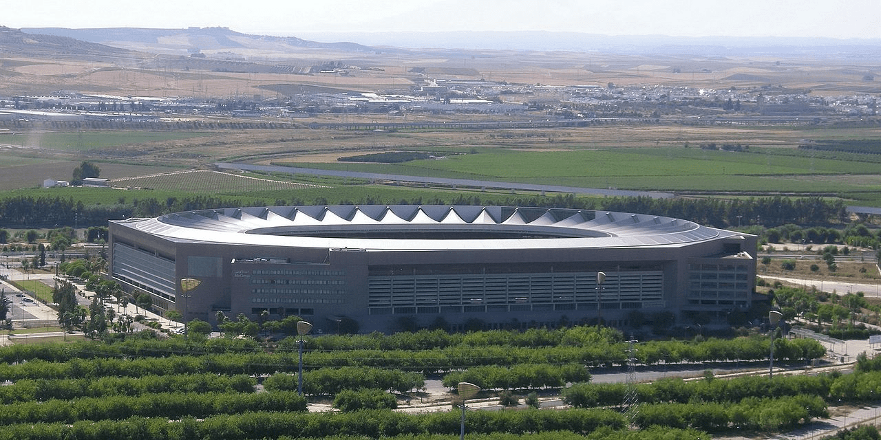 Олимпийский стадион бильбао на 60 000 человек